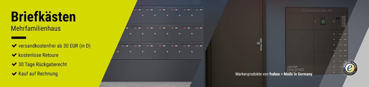 Briefkästen Mehrfamilienhaus